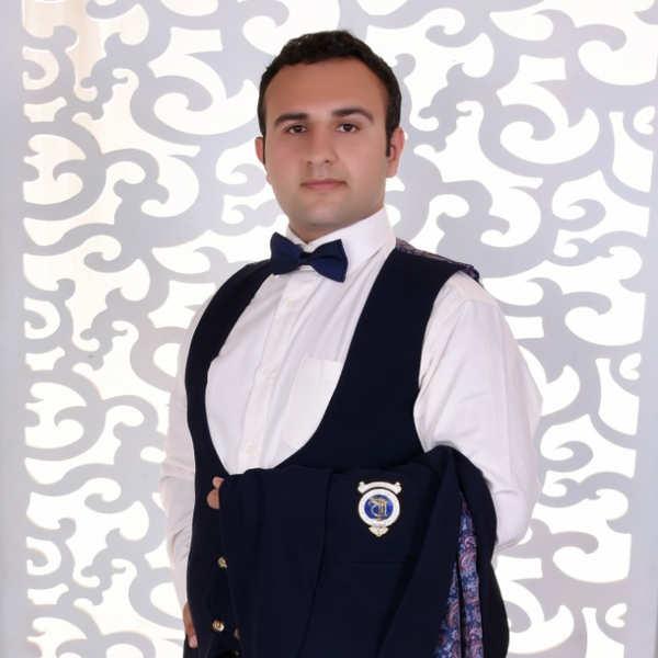 علی مهاجری